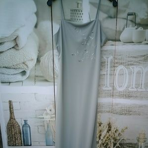 City Triangles Ladies Gown Sz.M NWOT